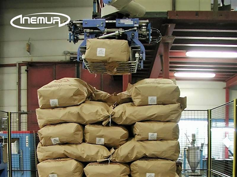 Sacks and bags palletising 4
