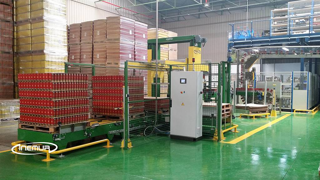 Palletising and depalletising for metalic containers 10