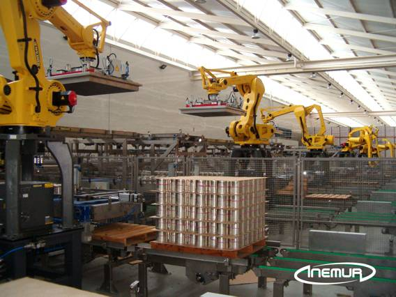 Palletising and depalletising for metalic containers 12