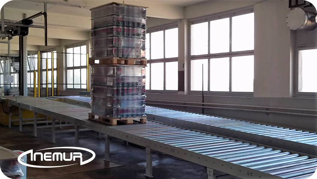 Pallet conveyors 11