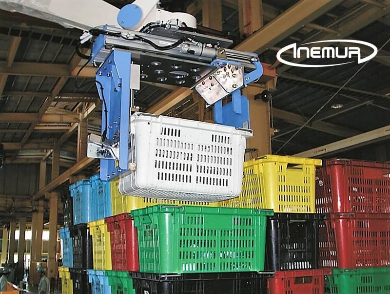 Palletising and depalletising for stackable trays 3